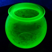 uranium leech pot under UV light